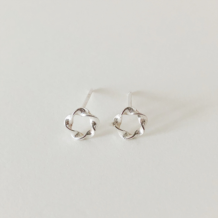 925silver waver round earring