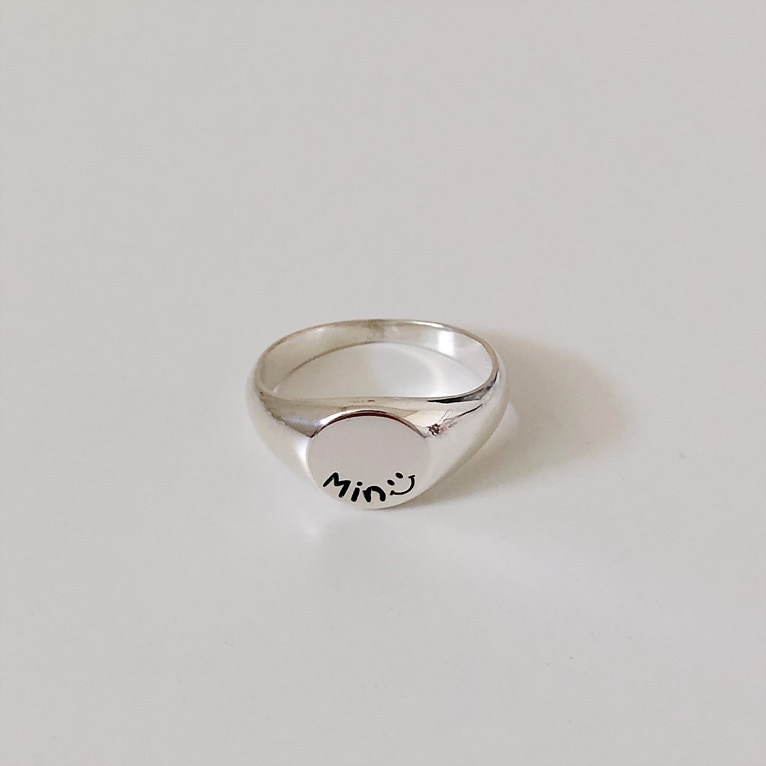 925silver bold round flat imprint ring